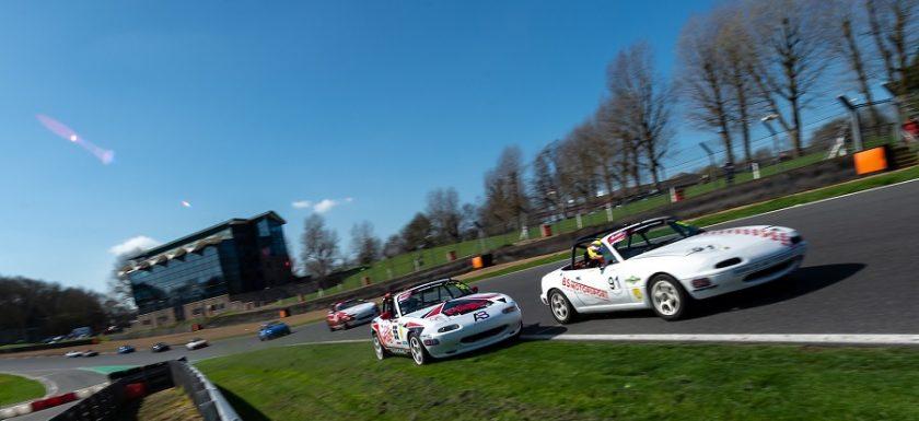Brands Hatch overtake BRSCC MX-5 Championship